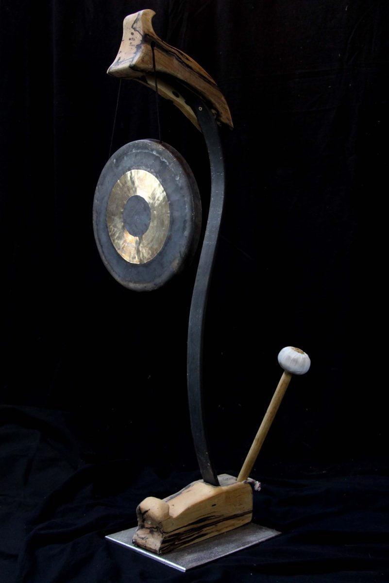 Porte gong sur pied #6