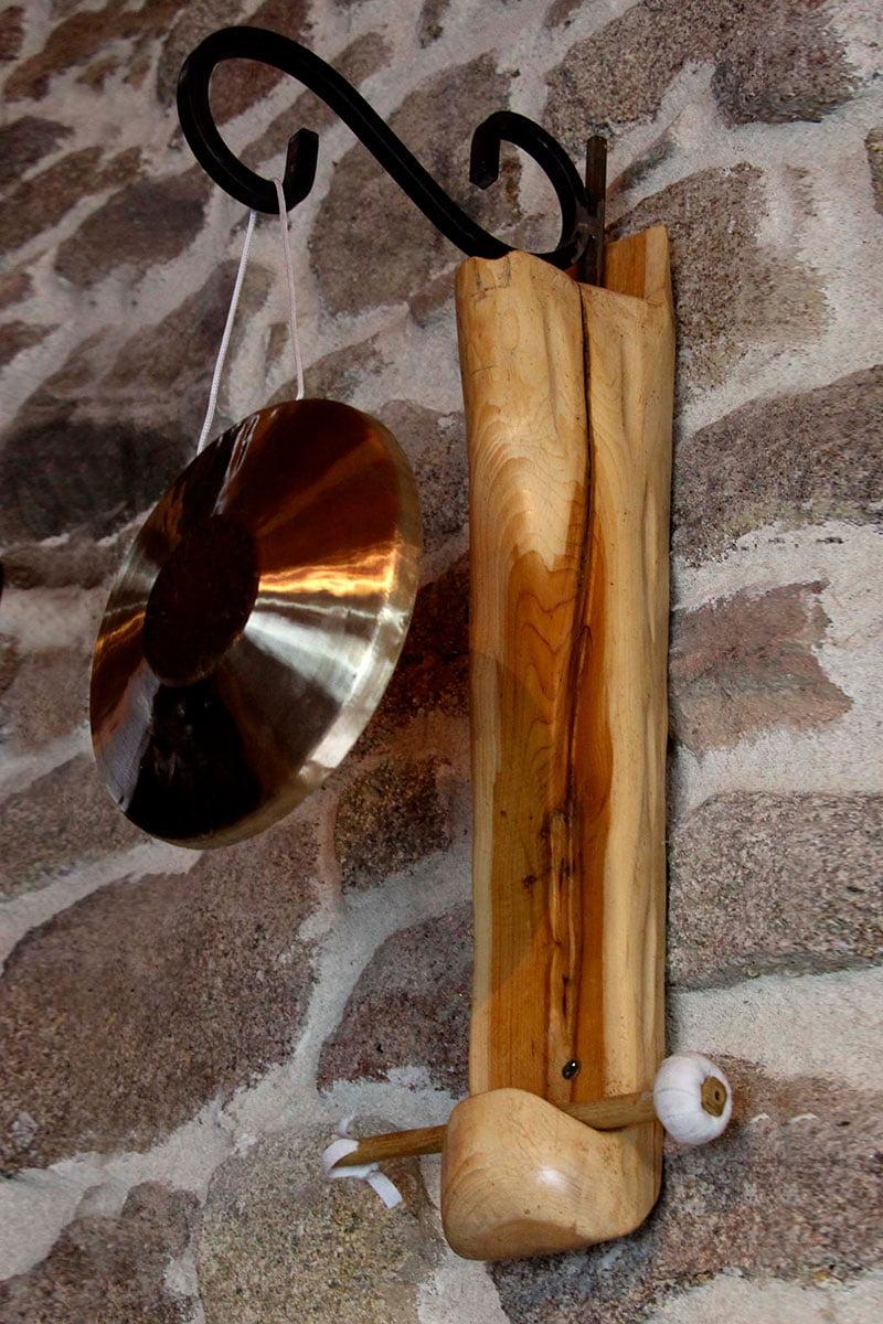 Porte gong mural pivotant #2